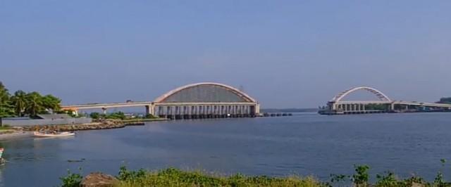 EnMalayalam_Arch bridge-Wg09I9r72L.jpg